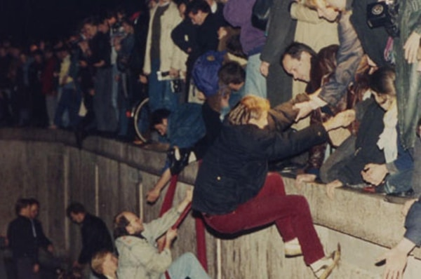 The Fall Of The Berlin Wall In Pictures