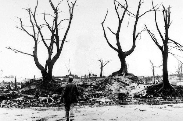 Hiroshima, The Stories Of Six Survivors Of The Atomic Bomb