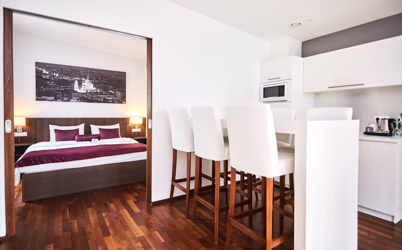 12 Revay Hotel, Budapest
