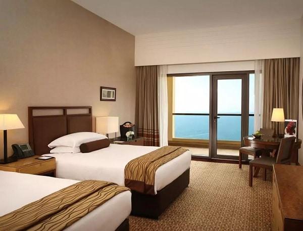 Hotel Amwaj Rotana Jumeirah Beach, Dubai