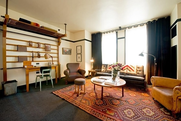 Best Hotels, B&B's and Hostels in Chicago