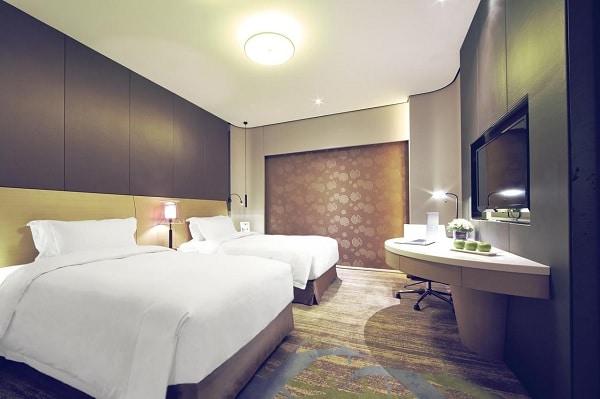 Hotel Equatorial, Shanghai