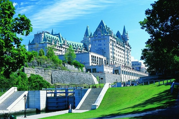 Best Hotels, B&B's and Hostels in Ottawa