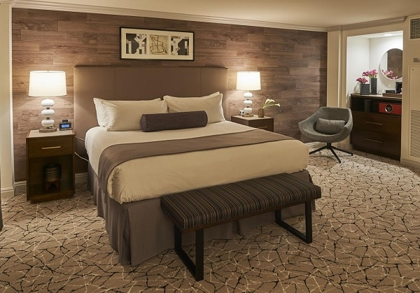 Hotel Warwick, Denver