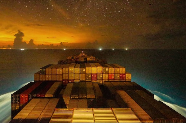 A Stunning 4K Timelapse Of The Gunhilde Maersk