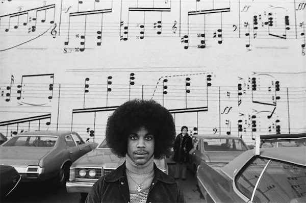 Stunning Photographs Of A Pre-Fame Prince In 1977