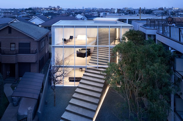 'Stairway House' Offers Connected Living For Three Generations